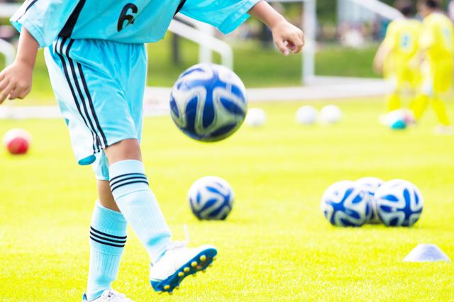 サッカーリフティング練習方法